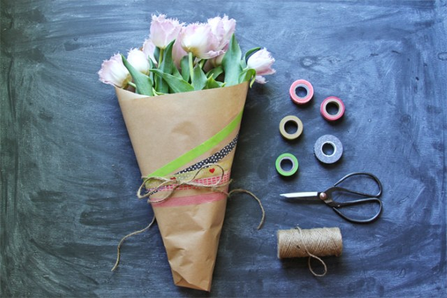 Brewed-Together-DIY-Washi-Tape-Mothers-Day-Bouquet-1