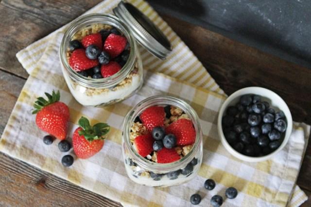 Brewed-Together-Easy-Yogurt-Parfait-Jar-Recipe-1