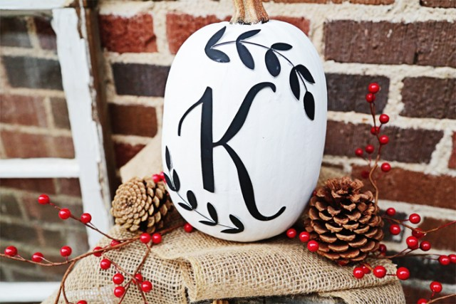 These DIY Monogram Pumpkins make an easy way to customize your front porch for fall! | brewedtogether.com