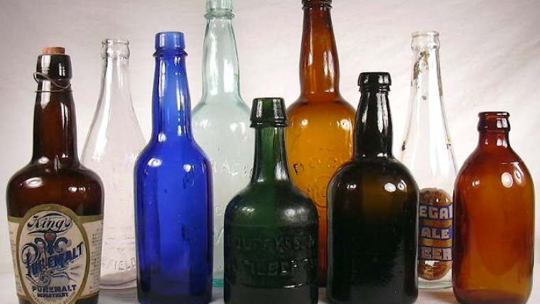Different types and sizes of beer bottles
