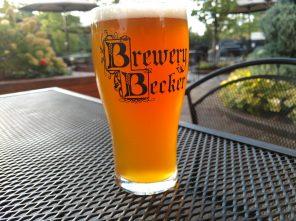 Bitter_English beer_Brewey becker craft beer pint outside biergarten up close
