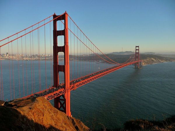 Engineers Build Golden Gate Bridge Today