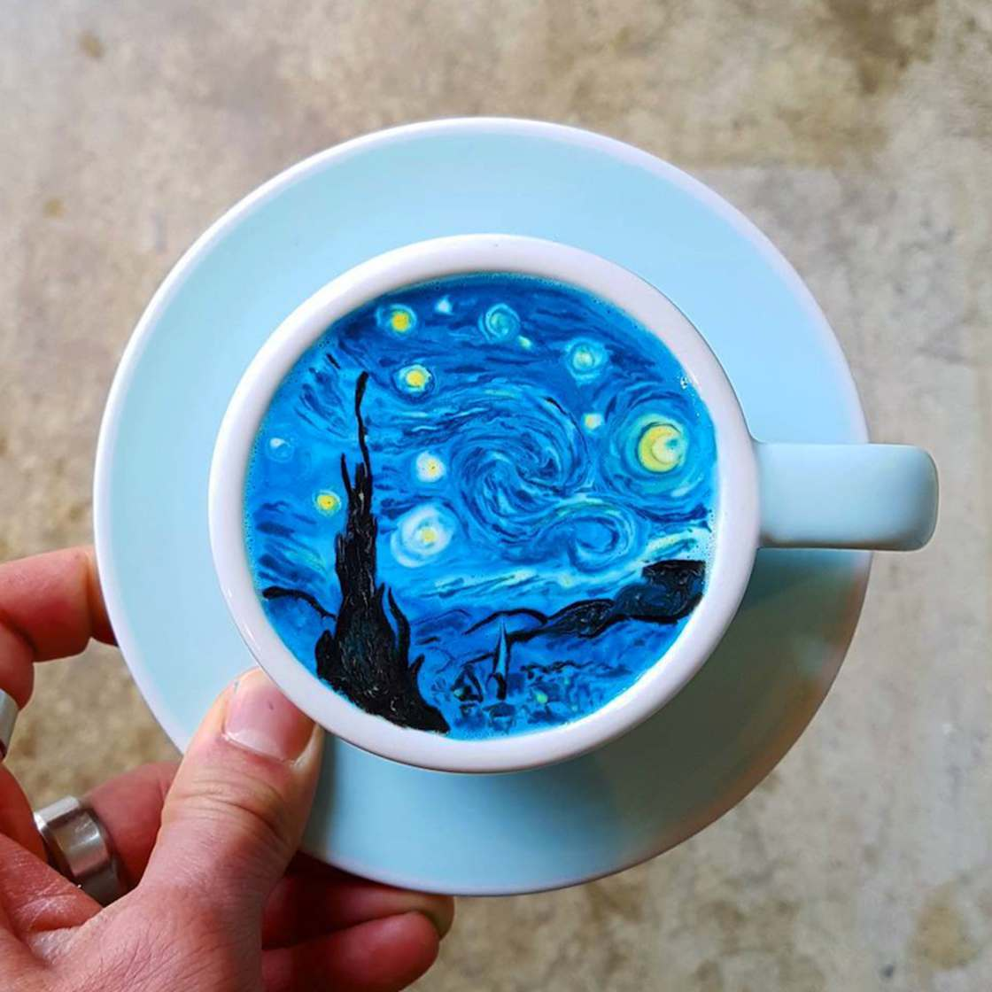 Korean Barista Turns Cups of Coffee into Incredible Works