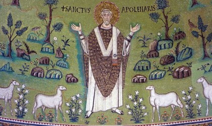 medieval early ages middle europe history century 6th midieval basilica italy pictorial language apse classe sant apollinare ravenna mosaic