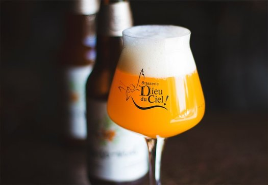 Bière brasserie Dieu Du ciel Dans verre Teku