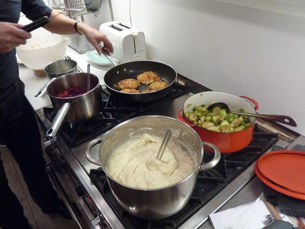 Cooking Stove Food Preparation Pots Image: Public Domain, Morguefile