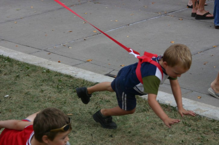 Stupid child leash example
