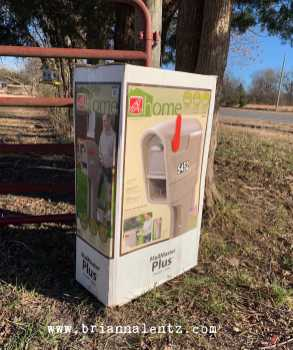 Lowe's Clearance Mailbox 8