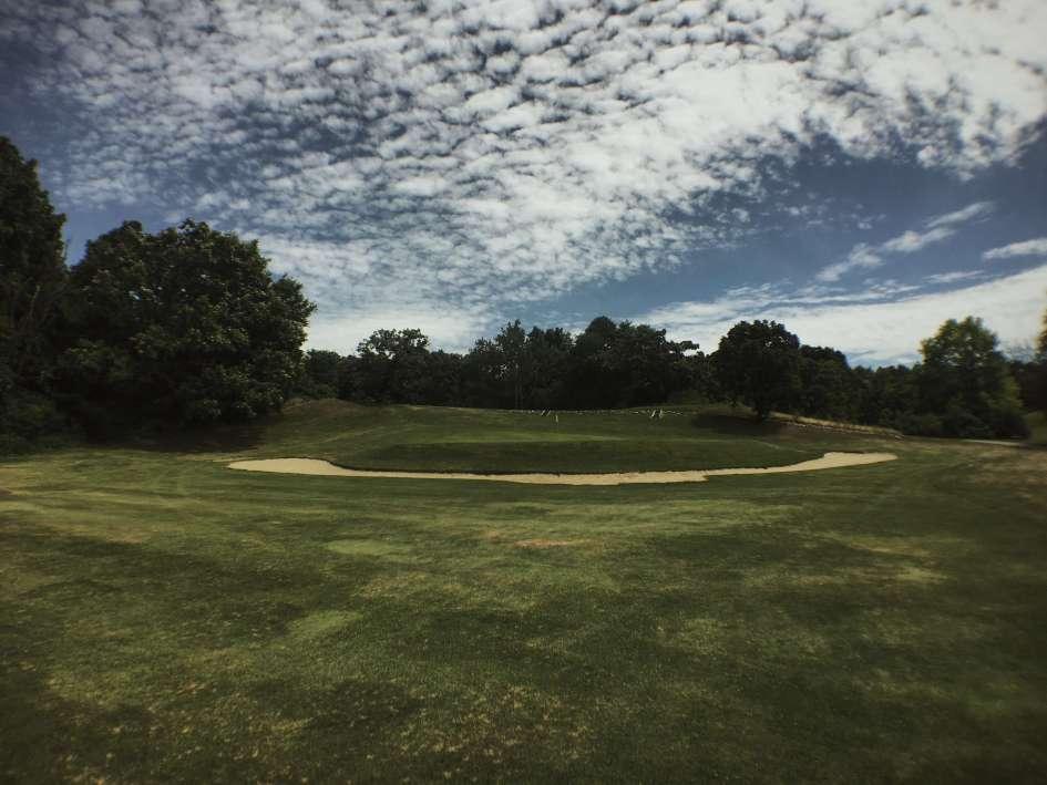 Eagle Springs Golf Resort - Hole 7 - Tee Shot
