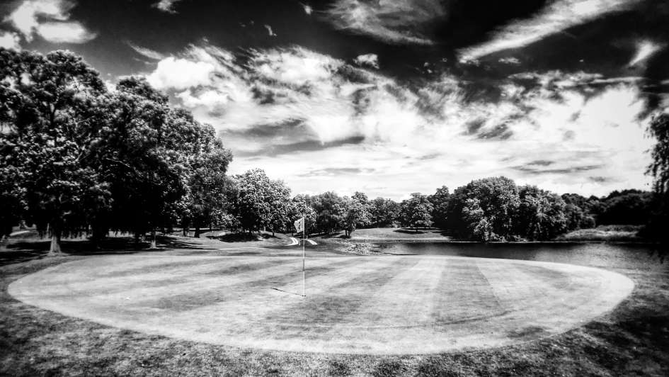 2016-07-12-Spring Valley Country Club-24617-Hole 5-Green-Looking Back at Tee