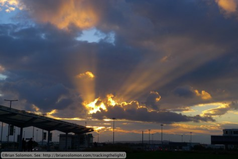 Sunrise_Dublin_Airport_2_P1570599