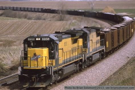 C&NW DASH8-40C
