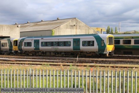 Double ended 2700 class railcar 2751 at Inchicore. Canon EOS 7D photo.