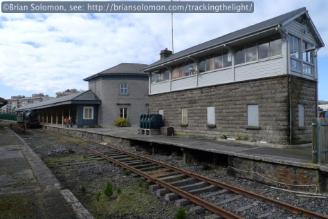 Looking west on the old Galway Road, Mullingar cabin and station on the right.
