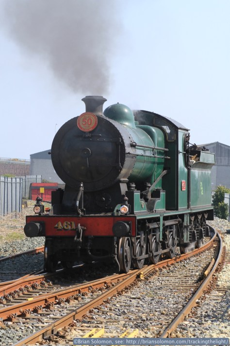 461 runs around at Wicklow for the short turn up to Greystones. Canon EOS 7D with 100mm lens.