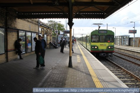 A DART train arrives at Howth on April 23, 2014. Canon EOS 7D with 20mm lens.