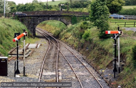 Boyle resignalling looking east May 2005 Brian Solomon photo 0024052