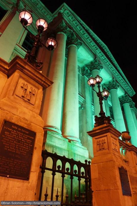 Dublin City Hall. Lumix LX-7 photo.