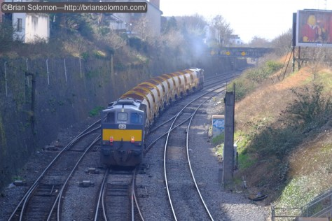 Irish_Rail-088_w_tail_lamps_on_back_of_HOBS_in_Gullet2_DSCF4247