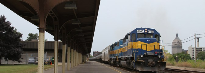 Looking back at Rochester; or CSX K644 with DM&E SD40-2s in the Shadow of Kodak.