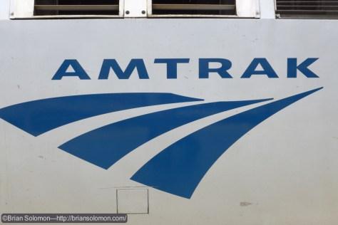 Amtrak logo on P42 111.