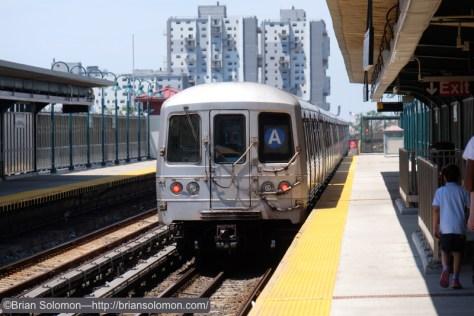 Inbound A train at 44st Street.  Fujifilm X-T1 photo.