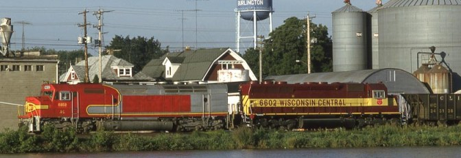 Warbonnet in Wisconsin; or an FP45 on the Move—Kodachrome Classic.