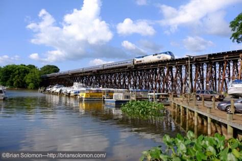 Amtrak_99_at__Neabsco_VA_DSCF9137