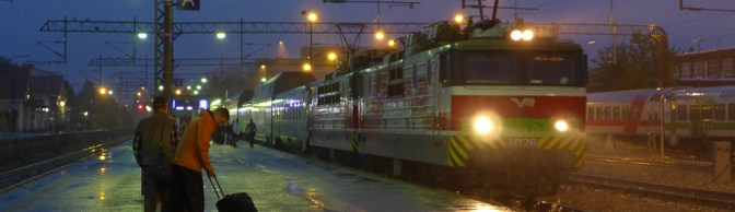 TRACKING the LIGHT Extra: VR overnight train IC 274 arrives at Oulu at 23:45
