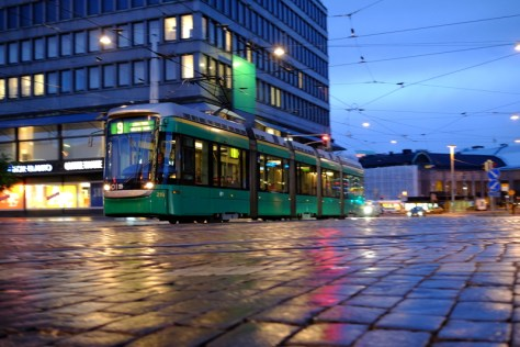 Tram_pan_low_wet_Cobbles_Low_DSCF2524