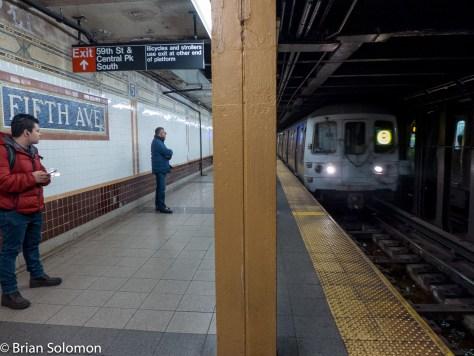 New_York_Subway_5th_Ave_P1350607
