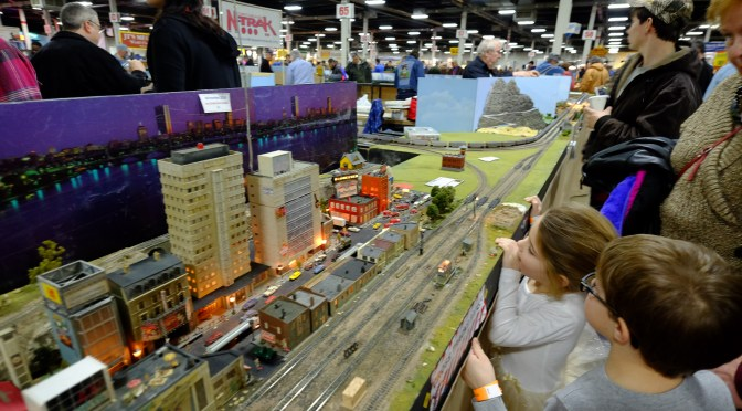 Massachusetts Model Mania: The BIG SHOW, West Springfield—Wide Angle Views.