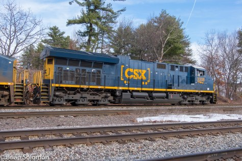 GE's modern Tier 4 locomotives can be instantly recognized by their enormous radiator profile.