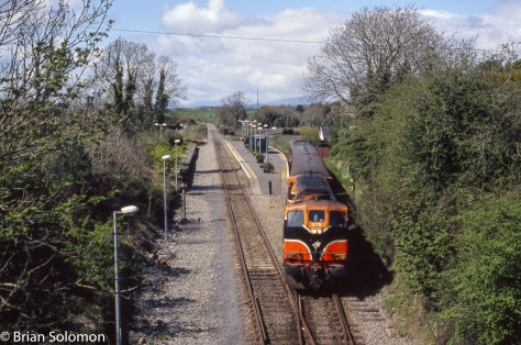 Irish Rail 075 with Ballina Branch train at Manulla Junction on May Day 2006.