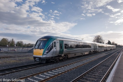 Irish Rail Intercity Railcars work downroad (away from Dublin) at Kildare.