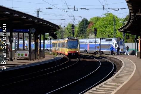 Tram_and_TGV_Rastatt_DSCF5524