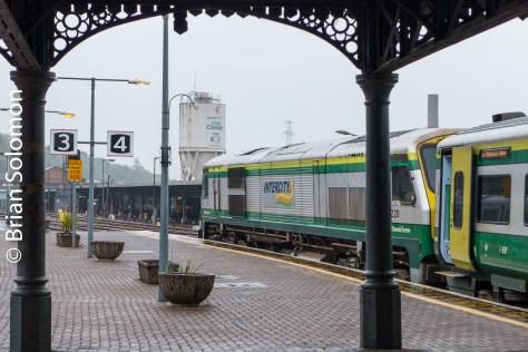 Irish Rail 201-class diesel 220 at Kent Station Cork on 7 May 2016. Lumix LX7 photo.