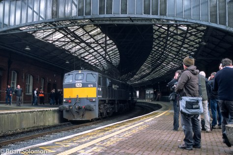 Irish Rail 076 is surrounded by fans, photographers and curiosity seekers at Kent Station Cork.