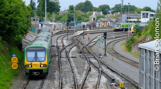 Tracking the Light features Irish Rail 29000s at Drogheda in five photos.