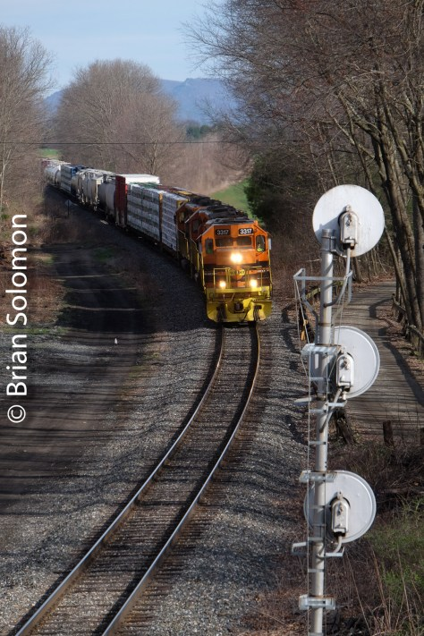 Central vermont tracking the light for New england motor freight tracking