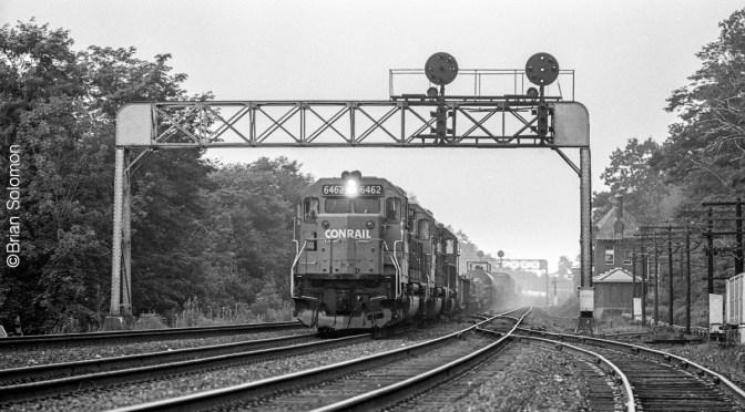 Conrail SD40-2s at MG Tower