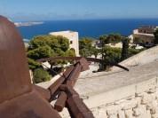 Guarding castel Santa Babara, Alicante