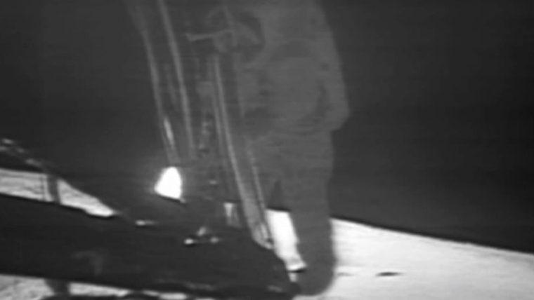 Apollo11-1st-steps-Armstrong-1969-cp-e1468838441975