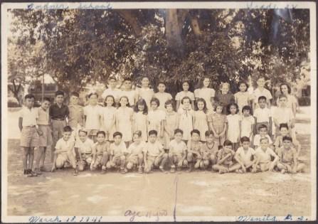 My uncle Arthur (arrow) with his classmates, 1941