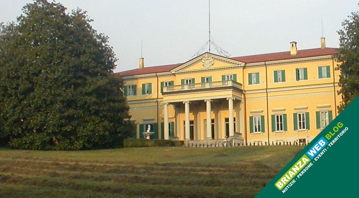 SE CI PASSI DAVANTI: Villa Amalia a Erba