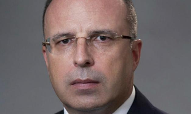 Bulgaria: Agriculture minister resigns after corruption investigations.