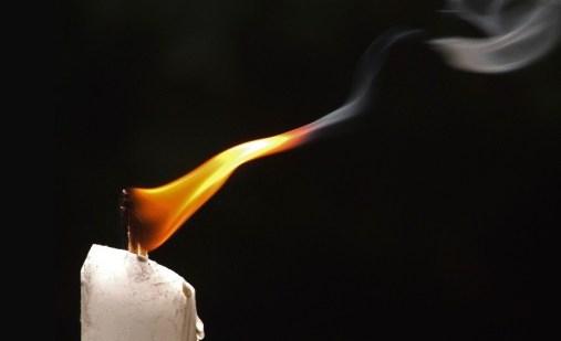 lume - candela - fumo