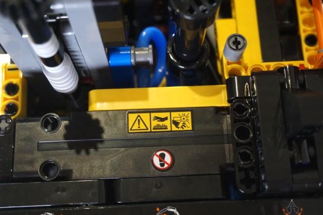 Lego Volvo EW160E Warning