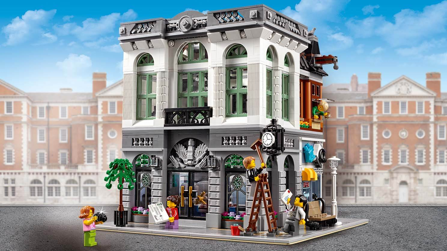 The Lego Modular Buildings Are Some Of My Favourite Sets If Youre Not Aware Of Them This Creator Series Has Been Around Since 2007 And Are A Series Of