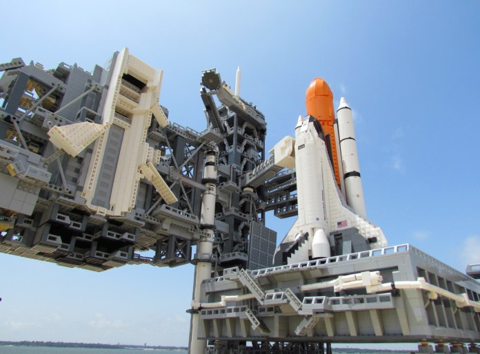 Lego Space Shuttle Complex 1